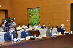 Kinh tế trưởng WB chỉ ra lý do Việt Nam mất điểm sao