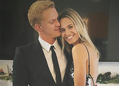 Cody Simpson có bạn gái mới