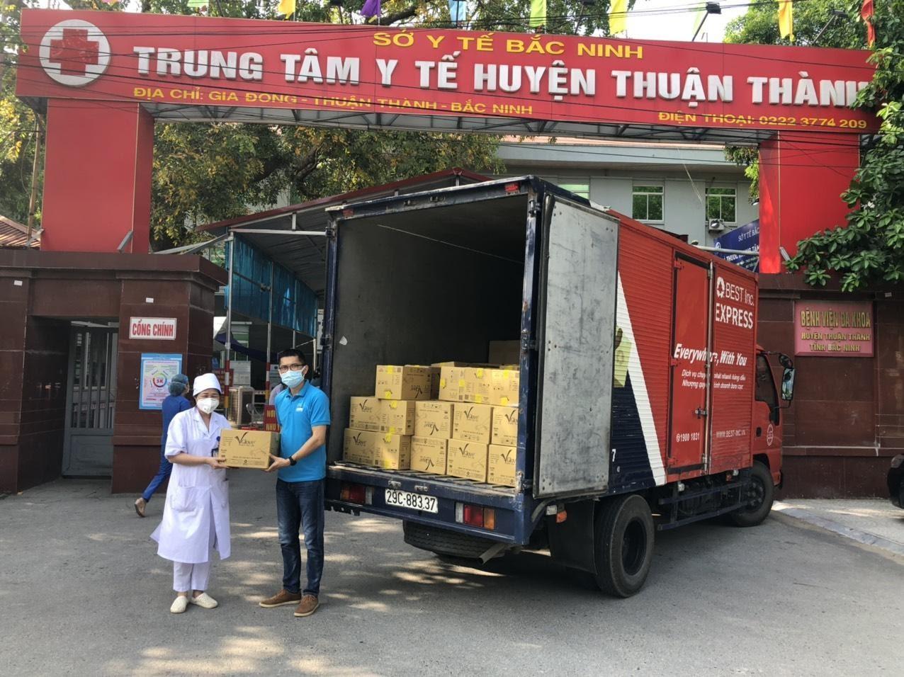 D:�1 Campaigns�1 EventCharity trucksBắc Giang_20210531,21.05.2021Bắc Ninh Bắc Giang 20 & 21.5 (29).jpg